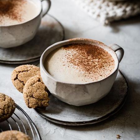 Добавьте в кофе корицу