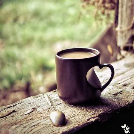 Сердечная кружка кофе